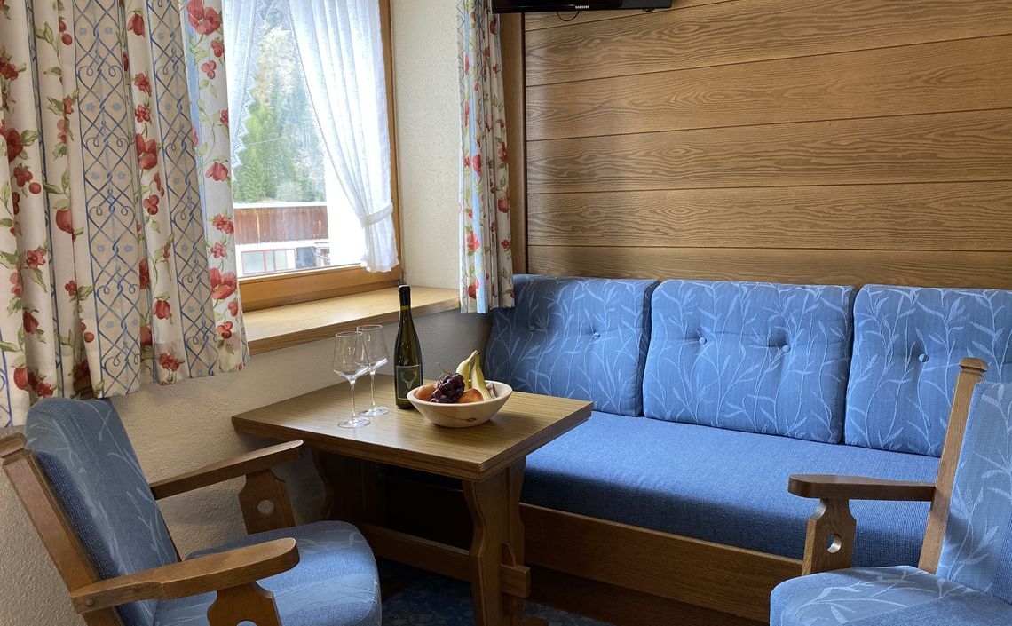 ANNEMARIE Doppelzimmer ca. 12 m²