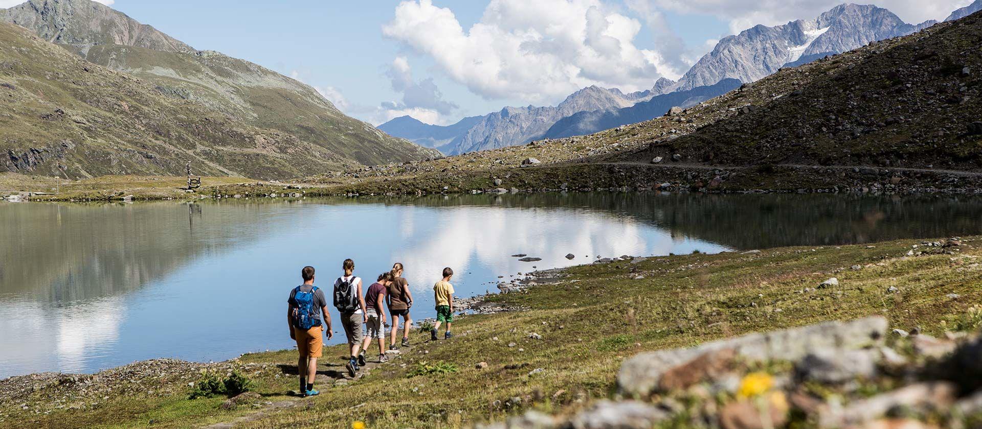 Wandern im Naturpark - Foto: Kaunertaler Gletscher